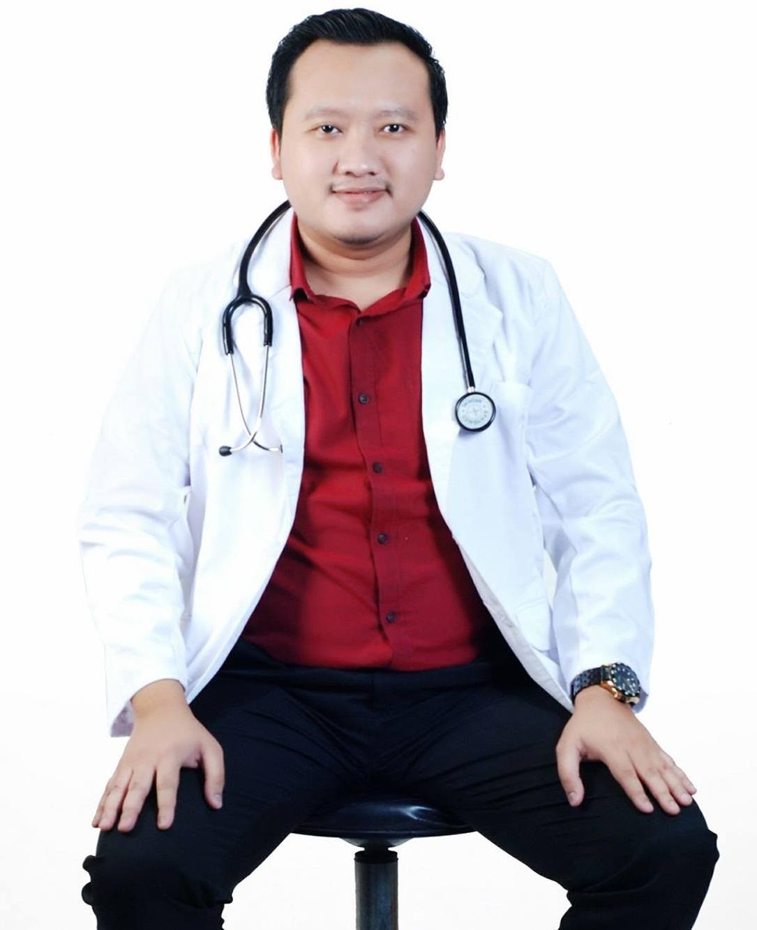 PROFIL DIREKTUR UTAMA   Drh. Alvin Paradiptya, M.Vet